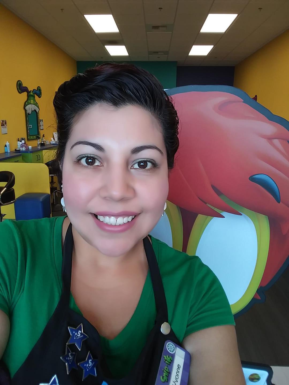 Snip-its Haircuts for Kids Area Supervisor Yvonne Las Vegas, NV